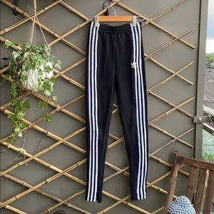 Adidas Original Black Stripped Joggers/leggings